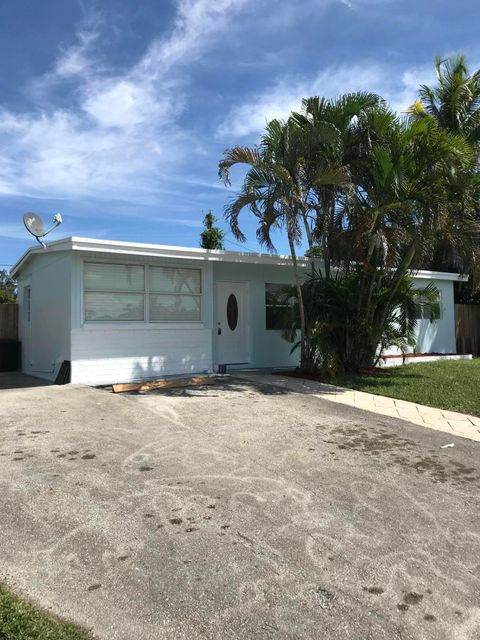 Home for sale in FOREST HILL VILLAGE 2 West Palm Beach Florida