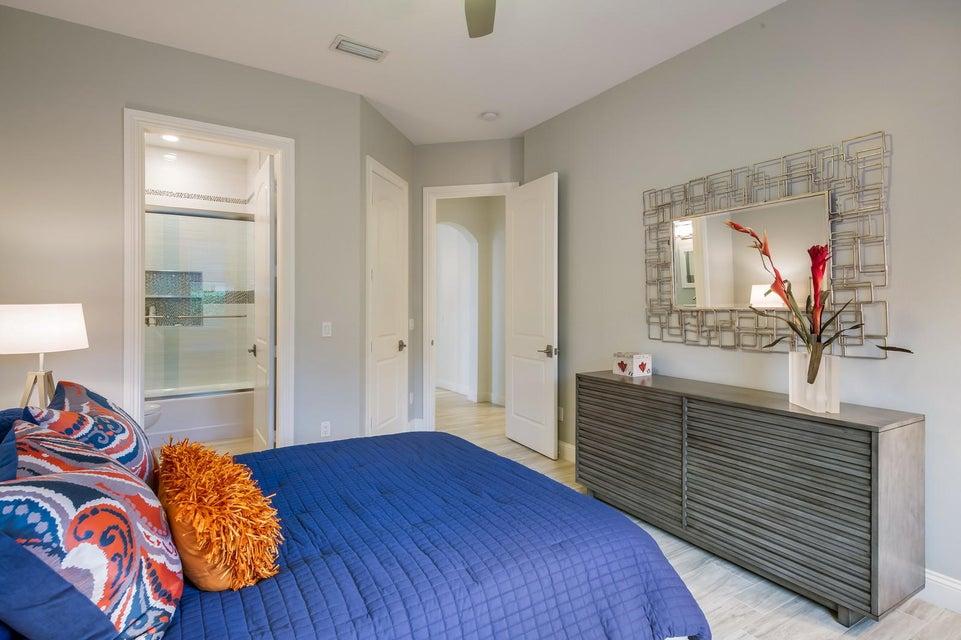 1692 Cypress Terrace Court West Palm Beach, FL 33411 photo 25