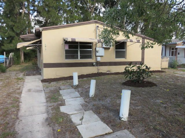 5617 Pinewood Avenue  West Palm Beach FL 33407