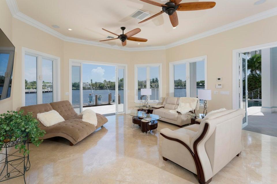 407 SE 7th Avenue Delray Beach, FL 33483 photo 8