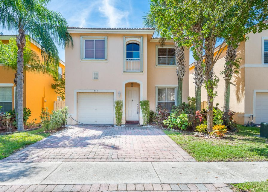 4114 Winnipeg Way West Palm Beach, FL 33409