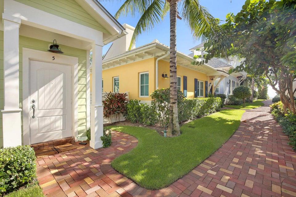 2225 S Ocean Boulevard 5  Delray Beach, FL 33483