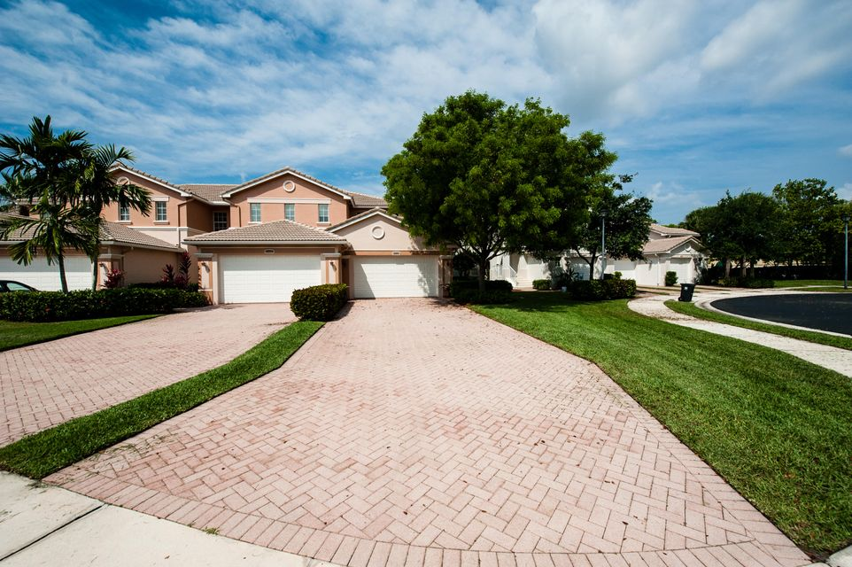 2091 Wingate Bend Wellington, FL 33414