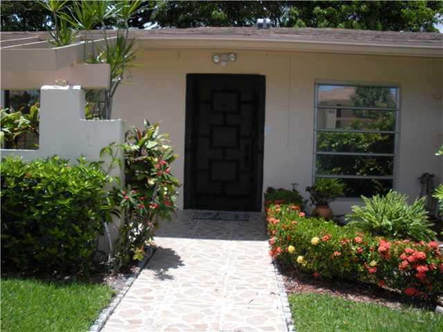 13323 Pineapple Palm Ct Court A  Delray Beach, FL 33484