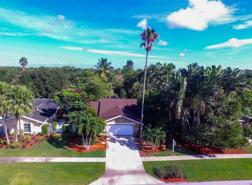 12225 Old Country Road  Wellington FL 33414