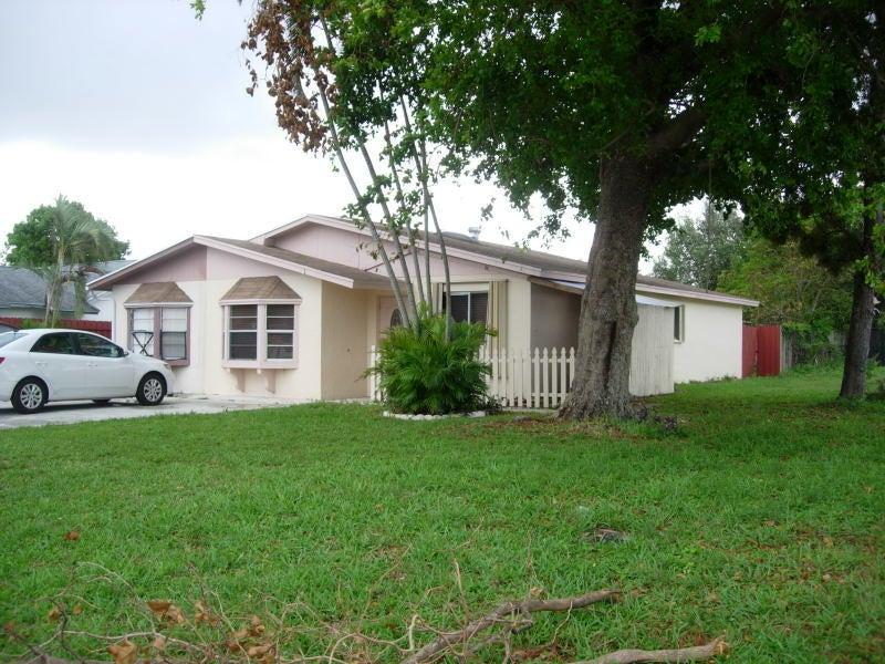 5173 El Claro West Palm Beach, FL 33415