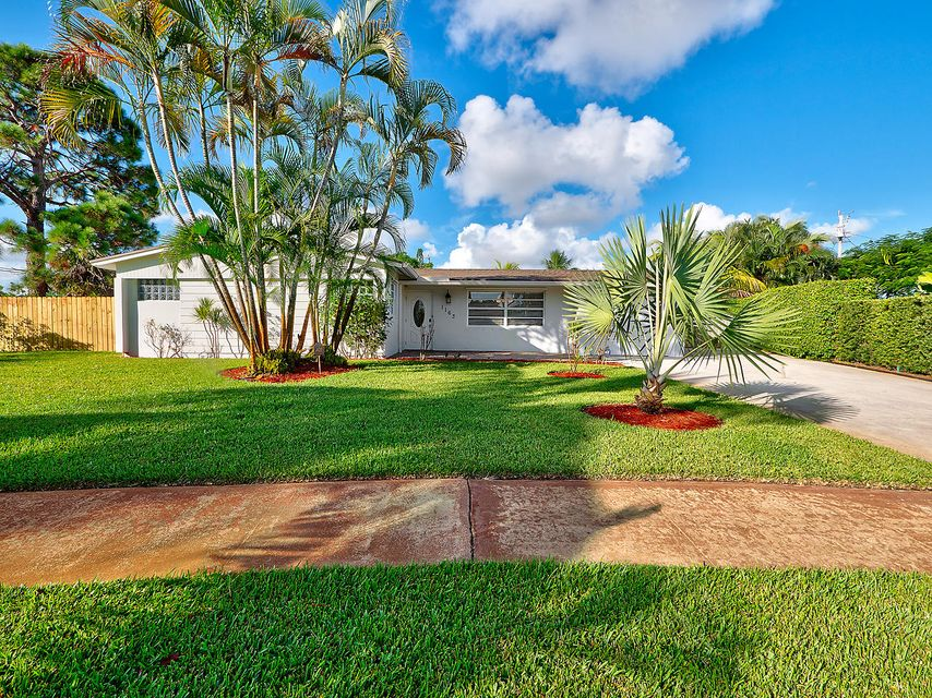 Home for sale in POLO CLUB ESTATES 2 West Palm Beach Florida