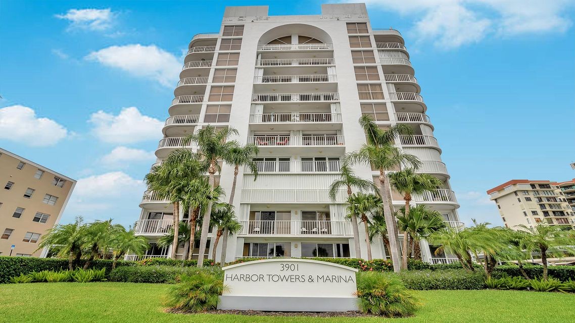 Home for sale in Harbor Towers West Palm Beach Florida