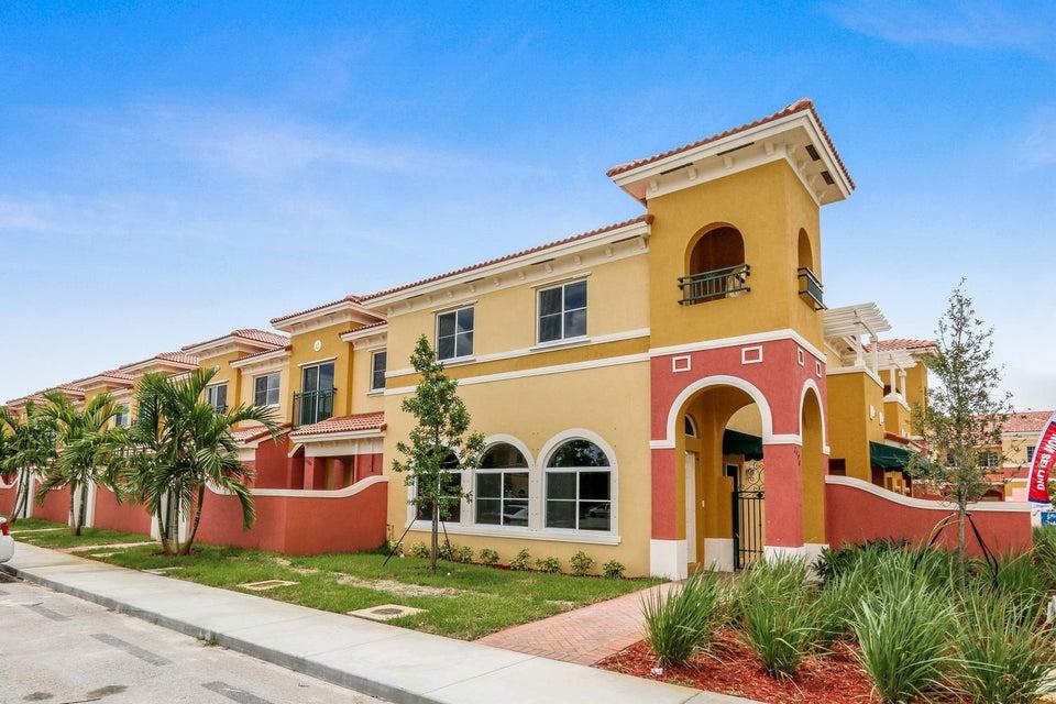 Home for sale in Bella Vista Lauderdale Lakes Florida