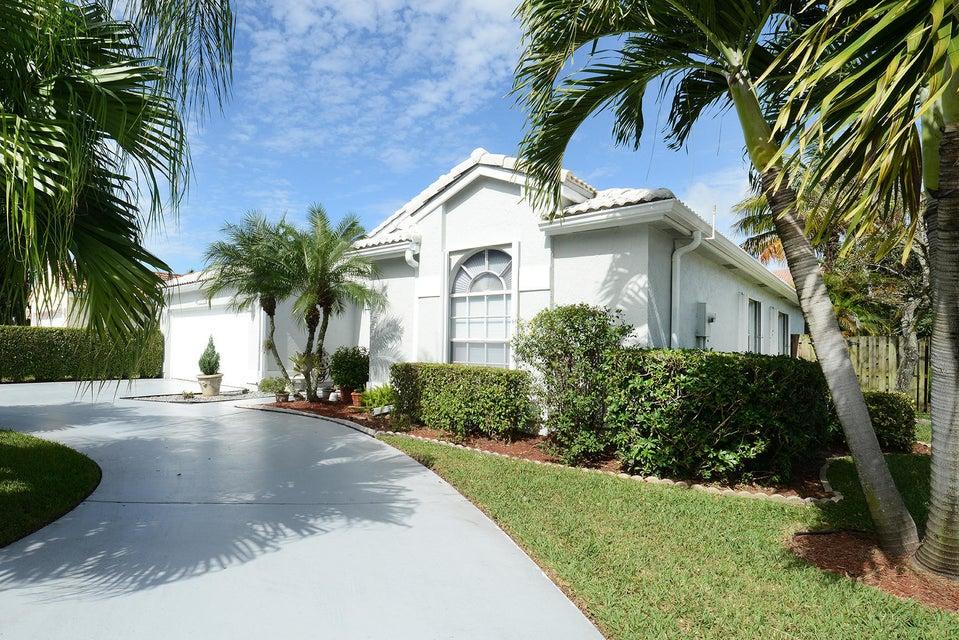 4900 Broadstone Circle West Palm Beach, FL 33417
