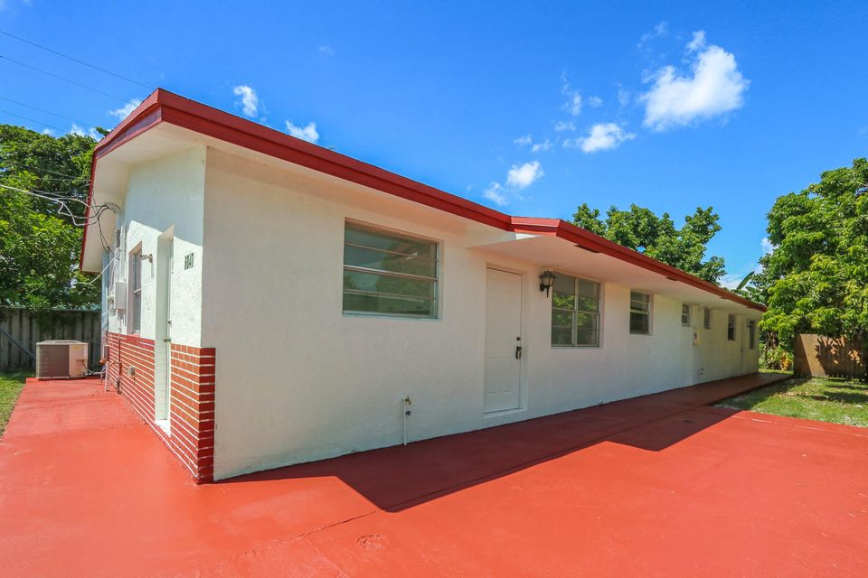 Home for sale in Pine Ridge Park Hollywood Florida