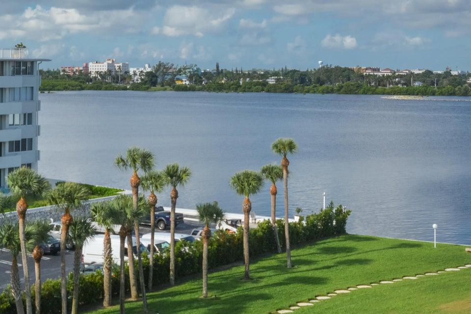 2760 S Ocean Boulevard 513 , Palm Beach FL 33480 is listed for sale as MLS Listing RX-10467921 22 photos