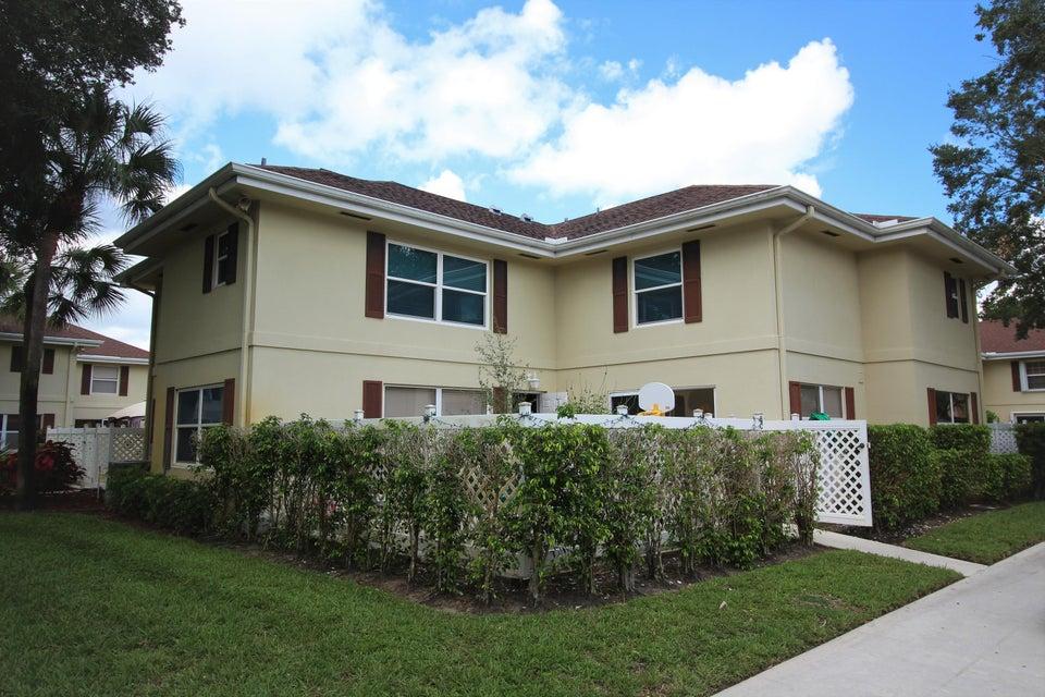 8 Amherst Court C Royal Palm Beach, FL 33411