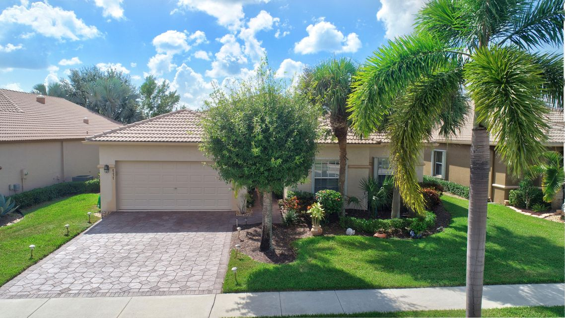 VENETIAN ISLES home 8237 Grand Messina Circle Boynton Beach FL 33472