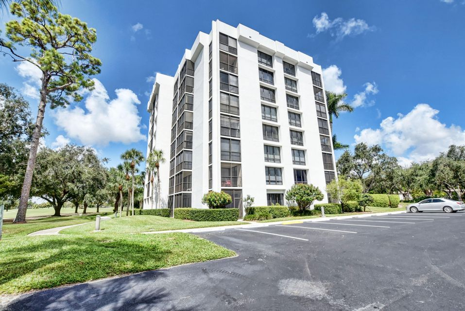 7819 Lakeside Boulevard 811 , Boca Raton FL 33434 is listed for sale as MLS Listing RX-10466226 45 photos