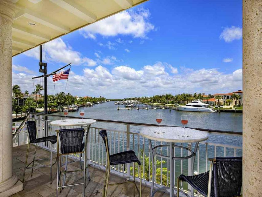2956 SE Dune Drive , Stuart FL 34996 is listed for sale as MLS Listing RX-10469501 photo #41