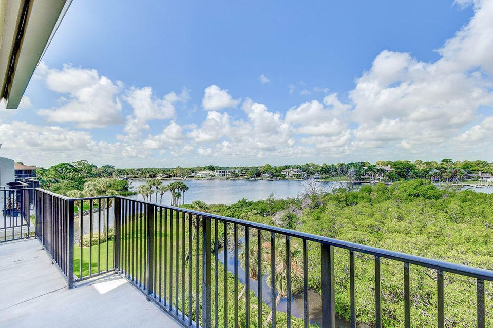 1701 Marina Isle Way Way 503 , Jupiter FL 33477 is listed for sale as MLS Listing RX-10468594 40 photos