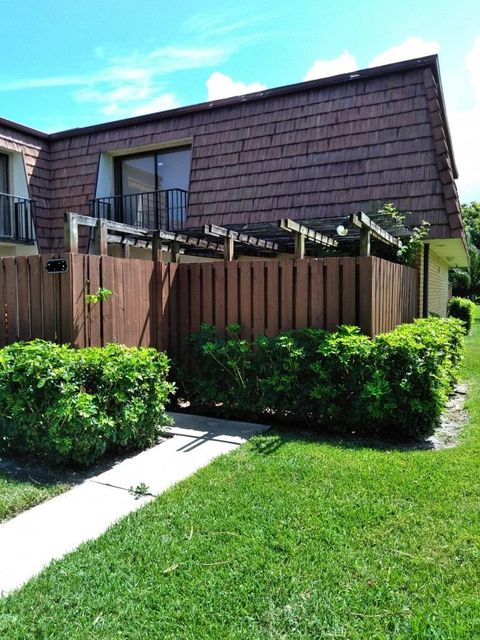 Home for sale in Lake Worth To 57th Are. Go South To Dubbin Dr Left Greenacres Florida