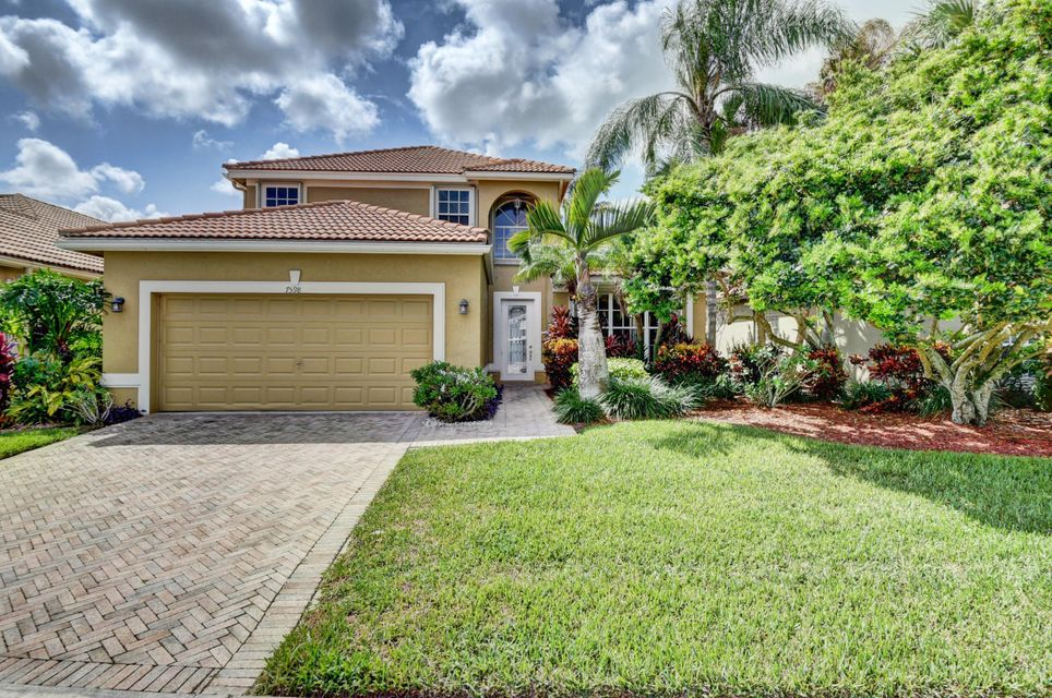 7598 Monarch Court  Delray Beach, FL 33446