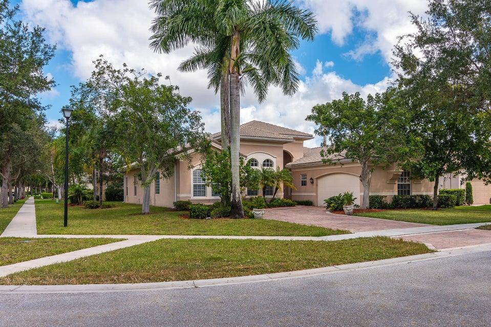 8875 Heartsong Terrace  Boynton Beach, FL 33473