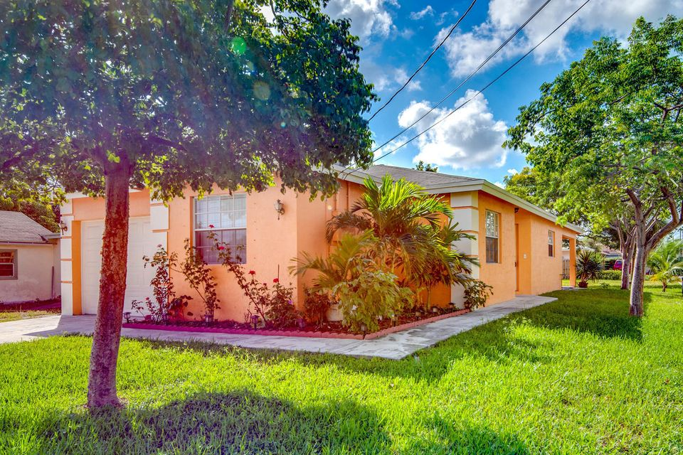 Home for sale in Seaboard Highlands Pompano Beach Florida