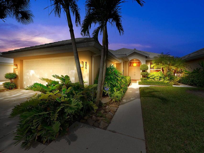955 Bear Island Circle West Palm Beach, FL 33409