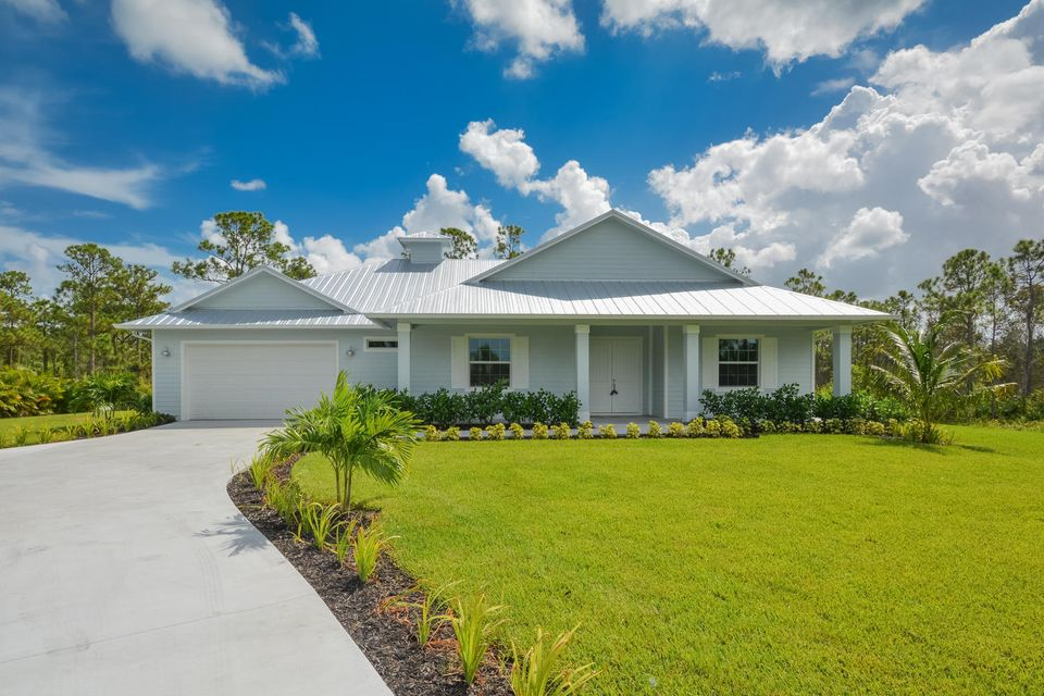 1380 SE Cove Road , Stuart FL 34997 is listed for sale as MLS Listing RX-10468532 44 photos
