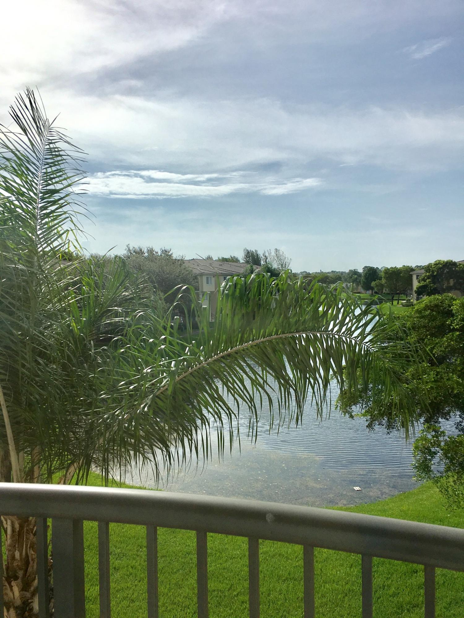 300 Crestwood Court 318 Royal Palm Beach, FL 33411