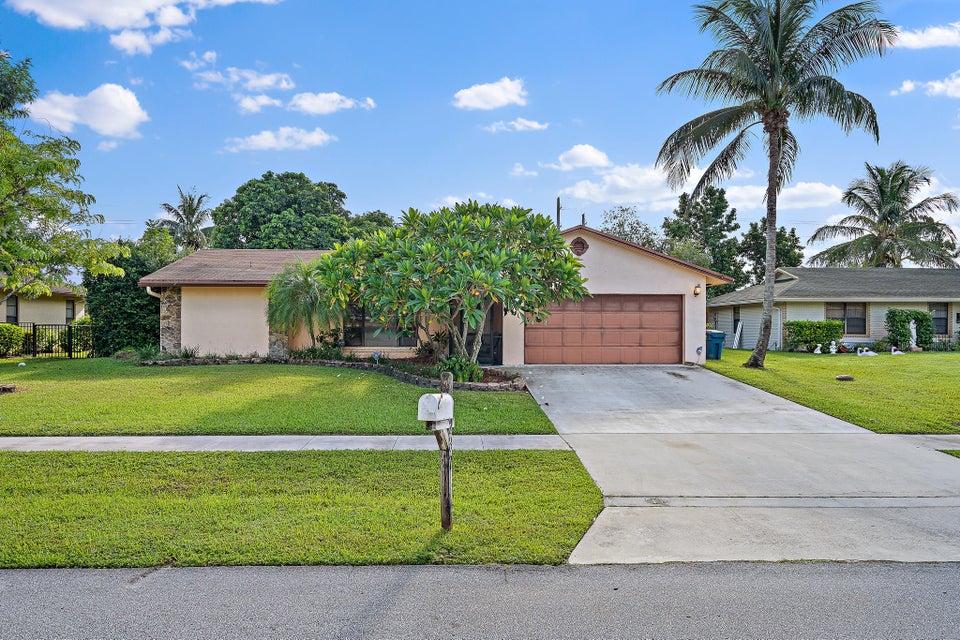 237 Las Palmas Street Royal Palm Beach, FL 33411