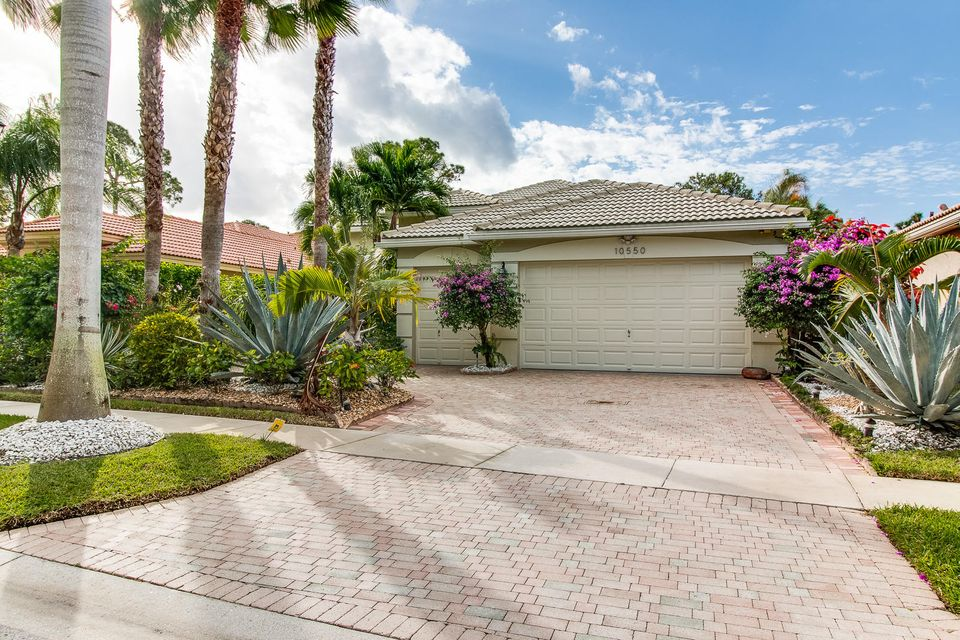 Home for sale in Manchester Lakes Estates Lake Worth Florida