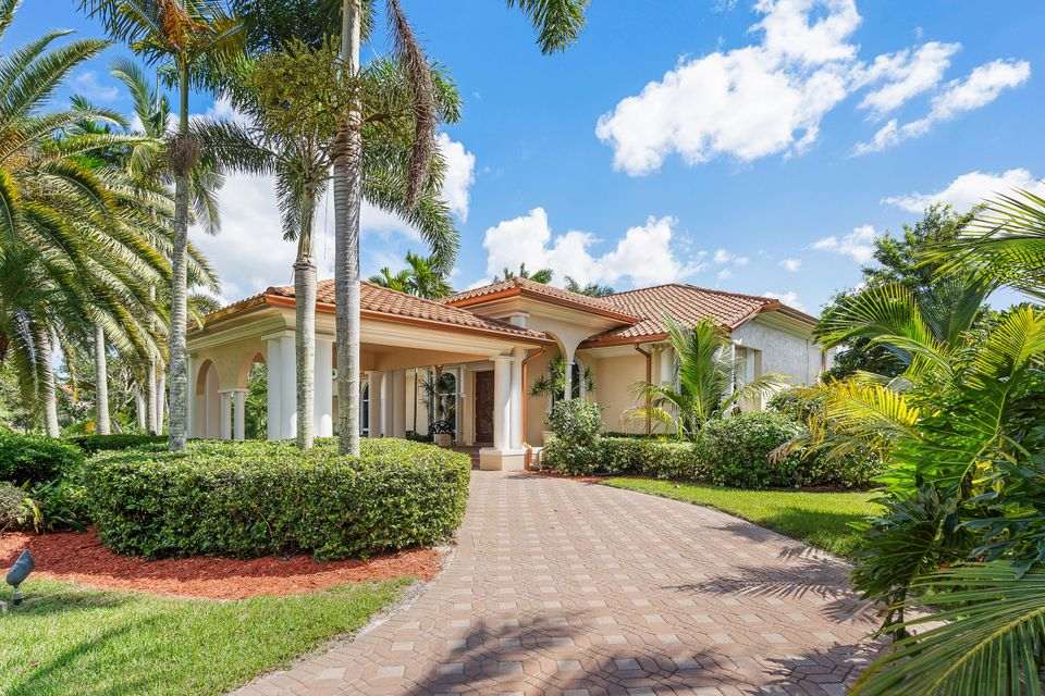 15390  Ocean Breeze Lane , Wellington FL 33414 is listed for sale as MLS Listing RX-10469572 photo #2