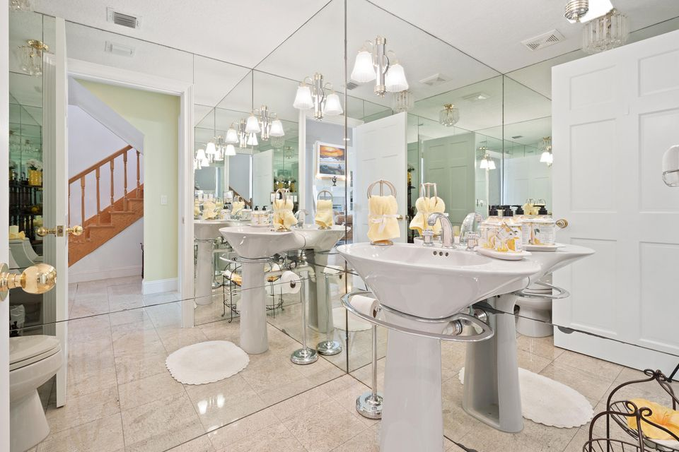 15390  Ocean Breeze Lane , Wellington FL 33414 is listed for sale as MLS Listing RX-10469572 photo #27