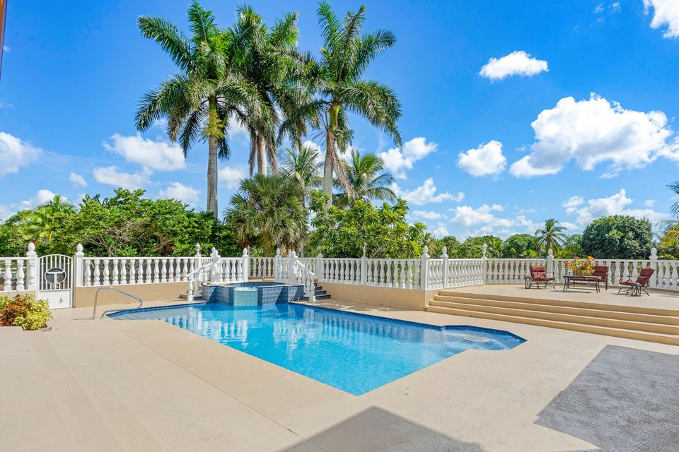 15390  Ocean Breeze Lane , Wellington FL 33414 is listed for sale as MLS Listing RX-10469572 photo #40