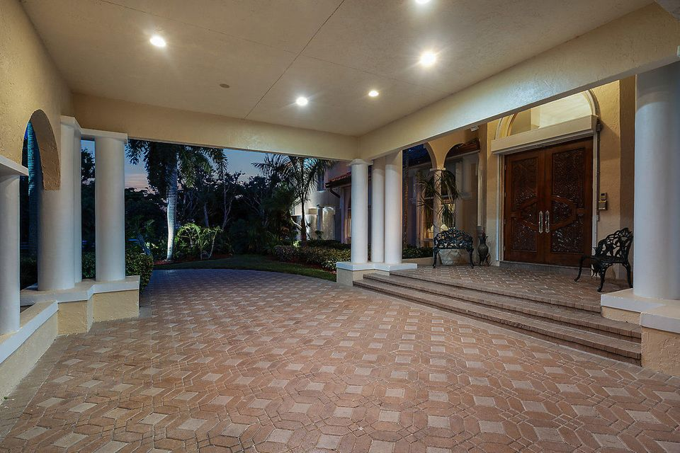 15390  Ocean Breeze Lane , Wellington FL 33414 is listed for sale as MLS Listing RX-10469572 photo #10
