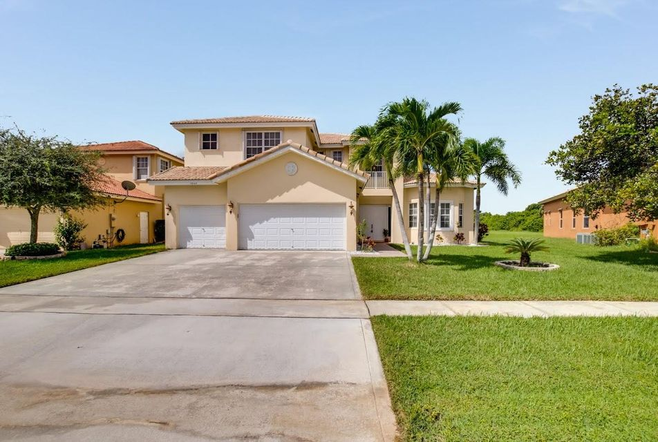 Home for sale in Whitehorse Estates, Farmington Estates Wellington Florida