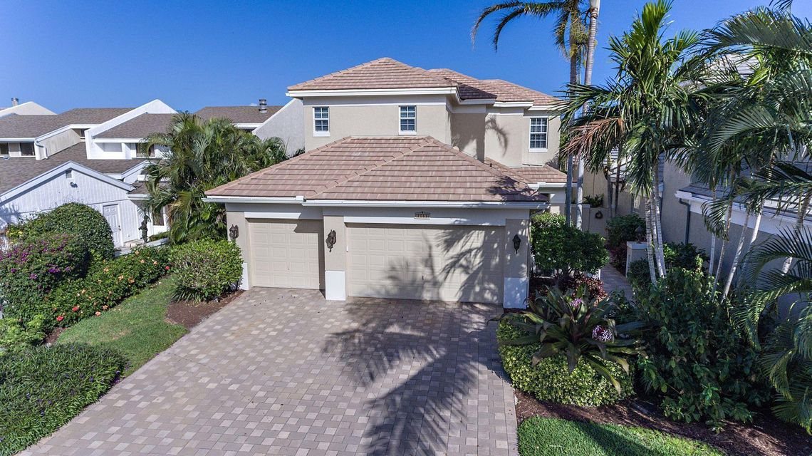 17116 Bay Street , Jupiter FL 33477 is listed for sale as MLS Listing RX-10470455 31 photos