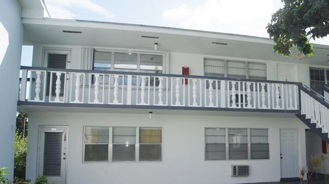 212 Waltham I West Palm Beach, FL 33417