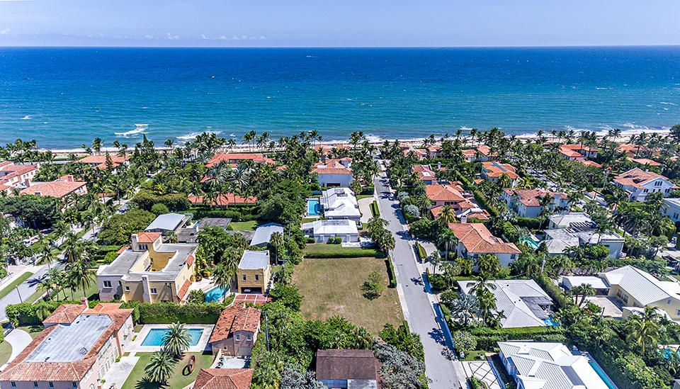111  Atlantic Avenue , Palm Beach FL 33480 is listed for sale as MLS Listing RX-10469706 photo #3