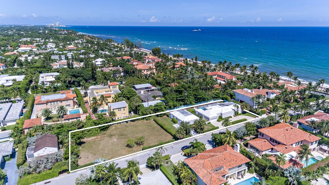 111  Atlantic Avenue , Palm Beach FL 33480 is listed for sale as MLS Listing RX-10469706 photo #1