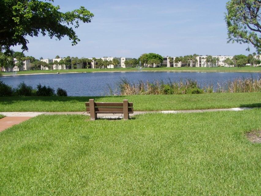 5190 Las Verdes Circle 305  Delray Beach, FL 33484