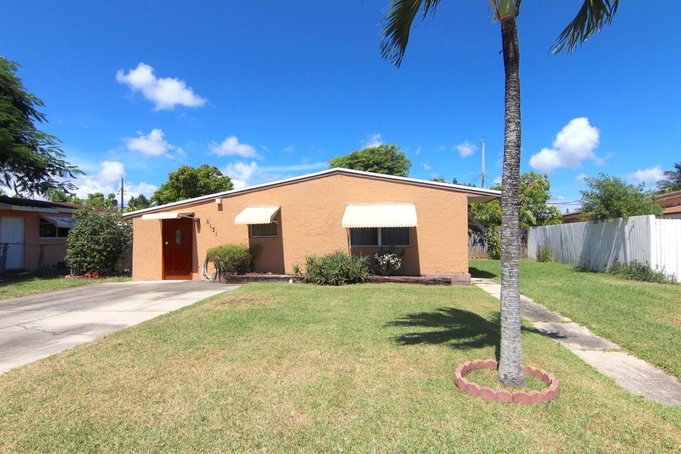 6131 SW 2 Street , MARGATE FL 33068 is listed for sale as MLS Listing RX-10469776 19 photos
