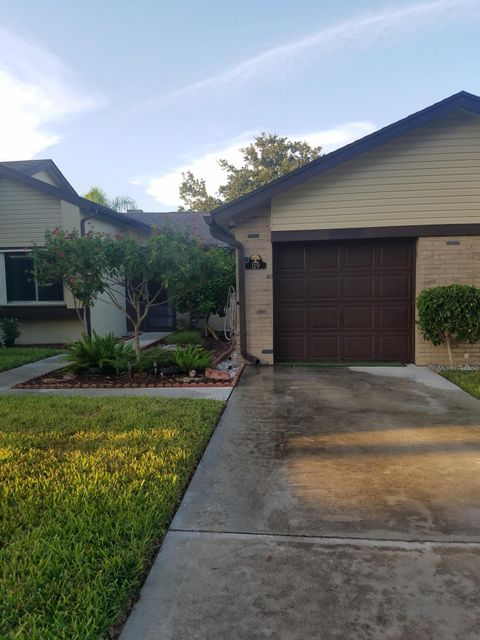 119 Ramblewood Circle Royal Palm Beach, FL 33411