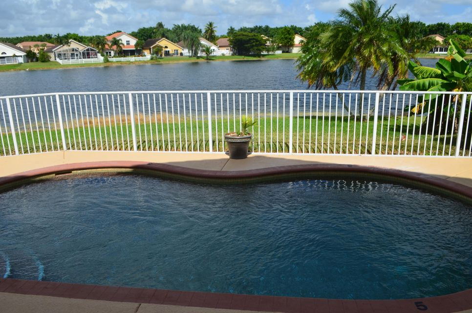 Home for sale in Lake Charleston Springfield Lake Worth Florida