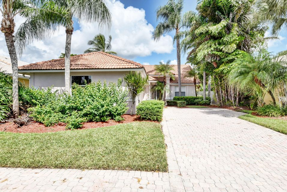 5554 Grande Palm Circle  Delray Beach, FL 33484