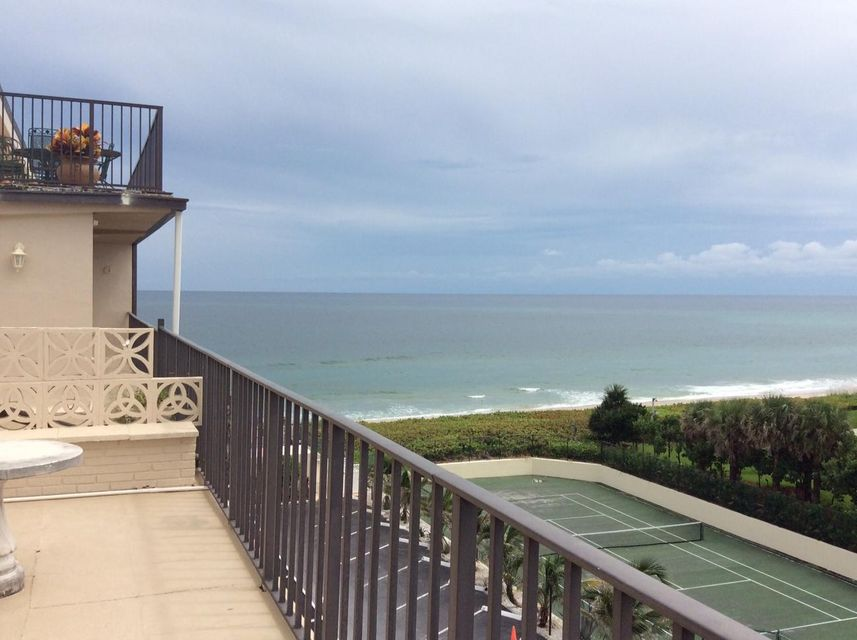 Palmbeacher 3030 S Ocean Boulevard