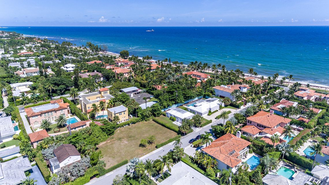 111  Atlantic Avenue , Palm Beach FL 33480 is listed for sale as MLS Listing RX-10469947 photo #2