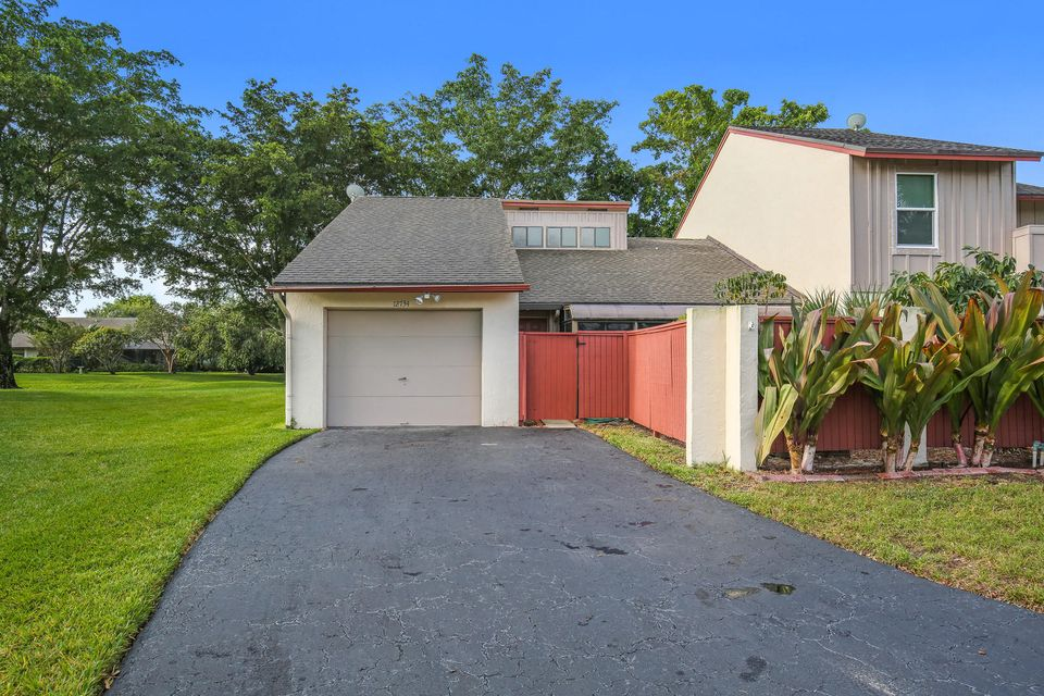 Home for sale in Hidden Landing Wellington Florida