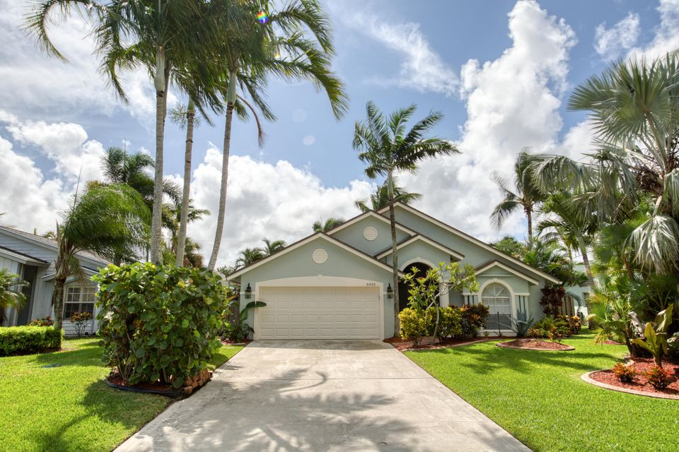 6430 Drake Street , Jupiter FL 33458 is listed for sale as MLS Listing RX-10470208 34 photos