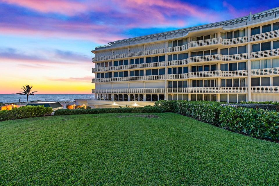 100 Sunrise Avenue 208 , Palm Beach FL 33480 is listed for sale as MLS Listing RX-10470099 35 photos