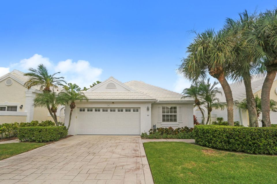 55 Dorchester Circle , Palm Beach Gardens FL 33418 is listed for sale as MLS Listing RX-10470097 28 photos